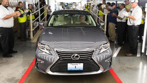 first kentucky made or u s made lexus unveiled at georgetown toyota plant amid appropriate. Black Bedroom Furniture Sets. Home Design Ideas
