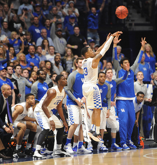Keith Taylor: Georgia throws punch, UK fights back to oust Bulldogs from tourney, advance to ...