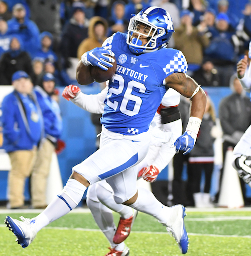Benny Snell rushed for 152 yards and two touchdowns in UK's win over Austin Peay Saturday night (Bill Thiry Photo)