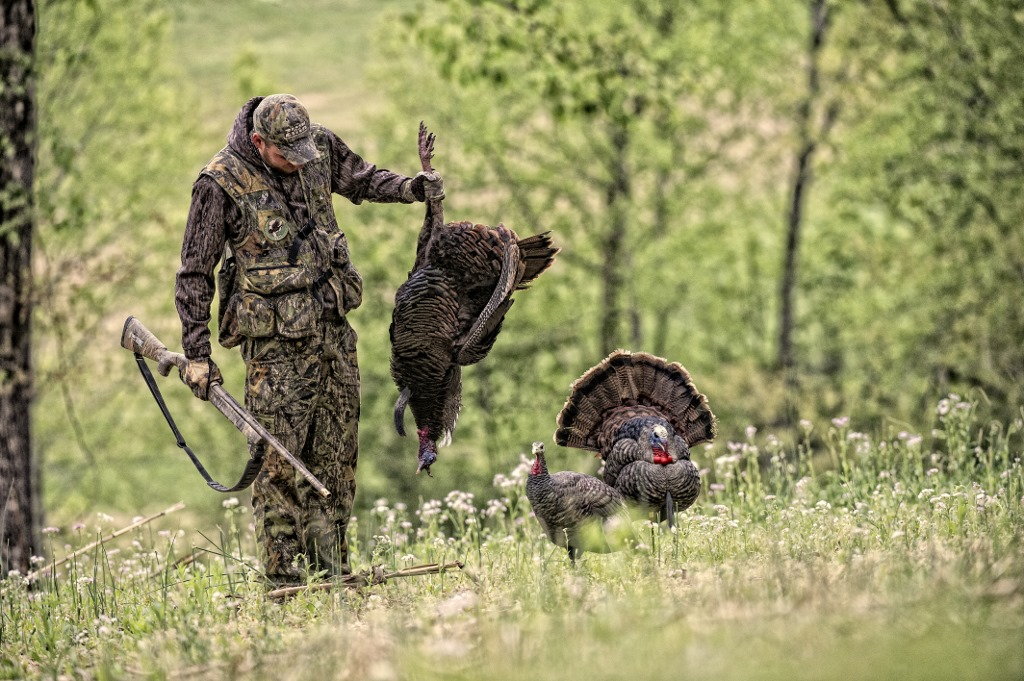 Art lander s outdoors number of state hunting license for Indiana hunting and fishing license
