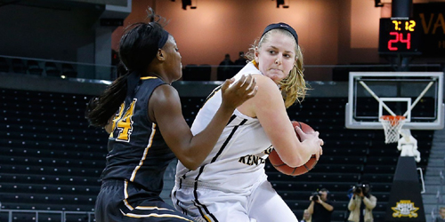 The Norse (19-13) were led by Kasey Uetrecht, who picked up her second career double-double, scoring 20 points, 19 coming in the fourth quarter and overtime, and grabbing 11 rebounds (NKU Athletics Photo)