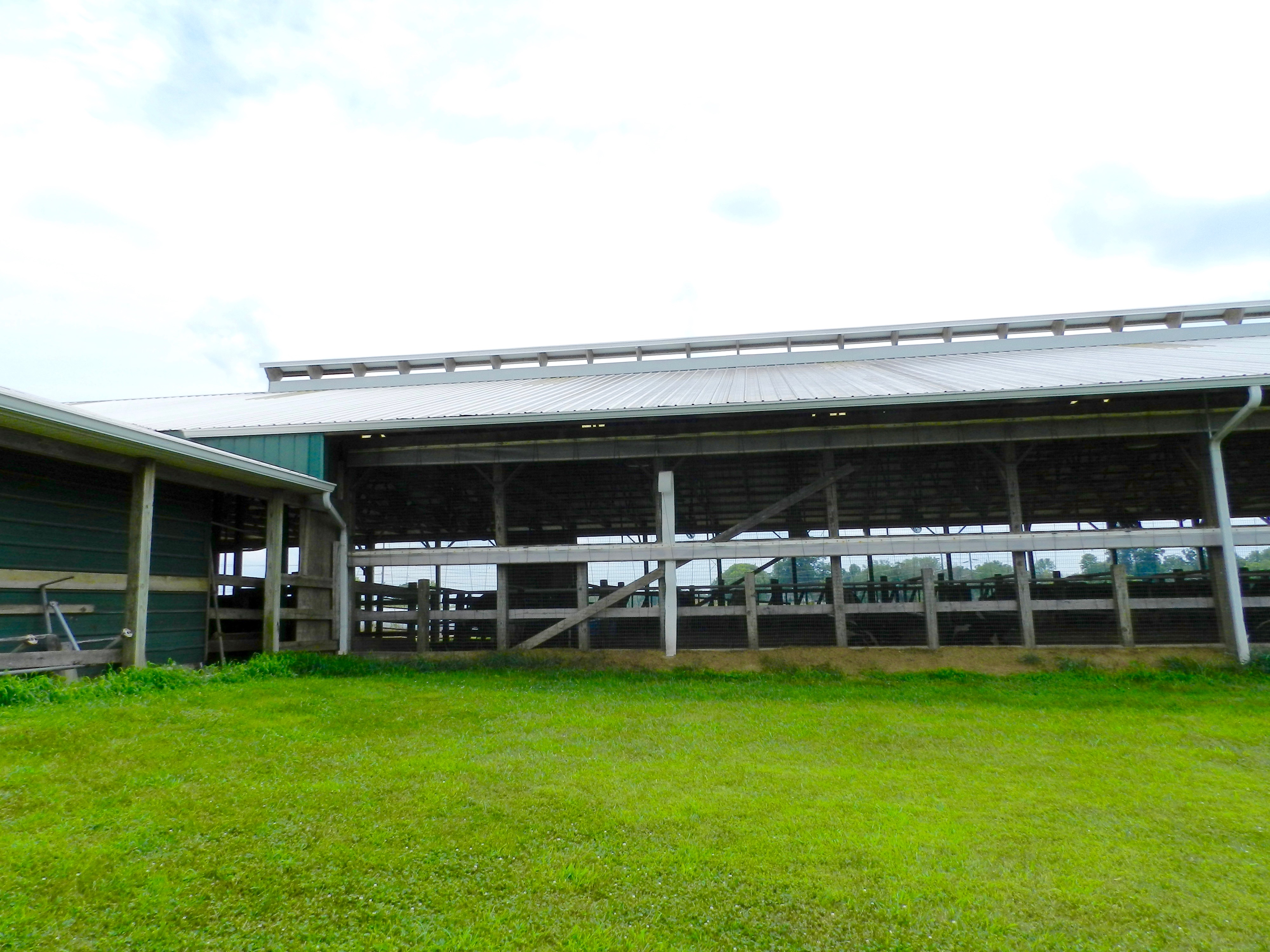 The barn at Ed-Mar Diary Farm (Photo by Anthony Wyatt)