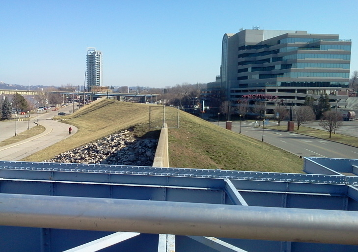 riverfront-commons